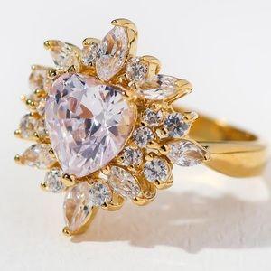 New Vanessa Mooney the Rosalind heart gold ring